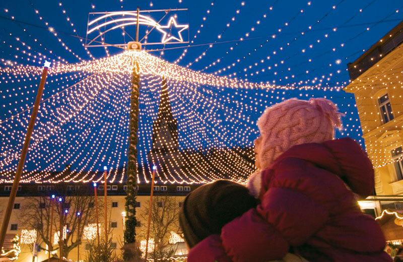 Was Gehört Auf Einen Weihnachtsmarkt.Weihnachtsmarkt Bruneck Vivopustertal